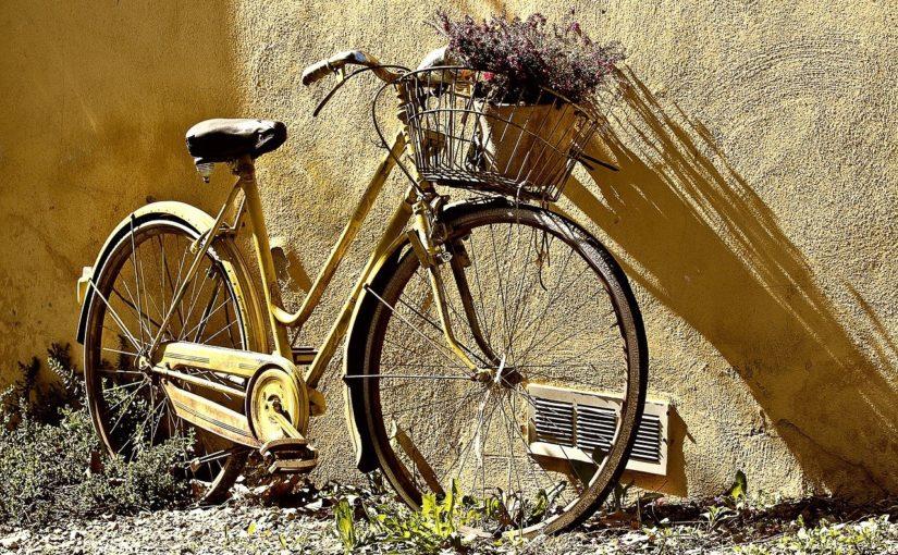 Każdy miłośnik jazdy rowerowej z pewnością oczekuje, aż wszelkie śniegi i lody opuszczą już w zapomnienie.